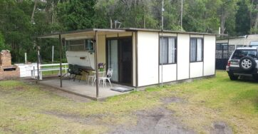 Site 58 – Holiday van for sale