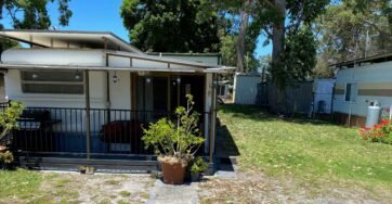 Site 55 – Holiday van for sale